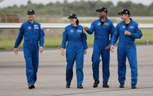 Astronauts Arrive in Florida to Prepare for Weekend Launch